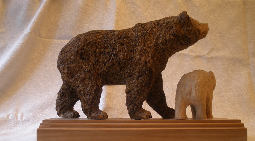 bear woodcarving